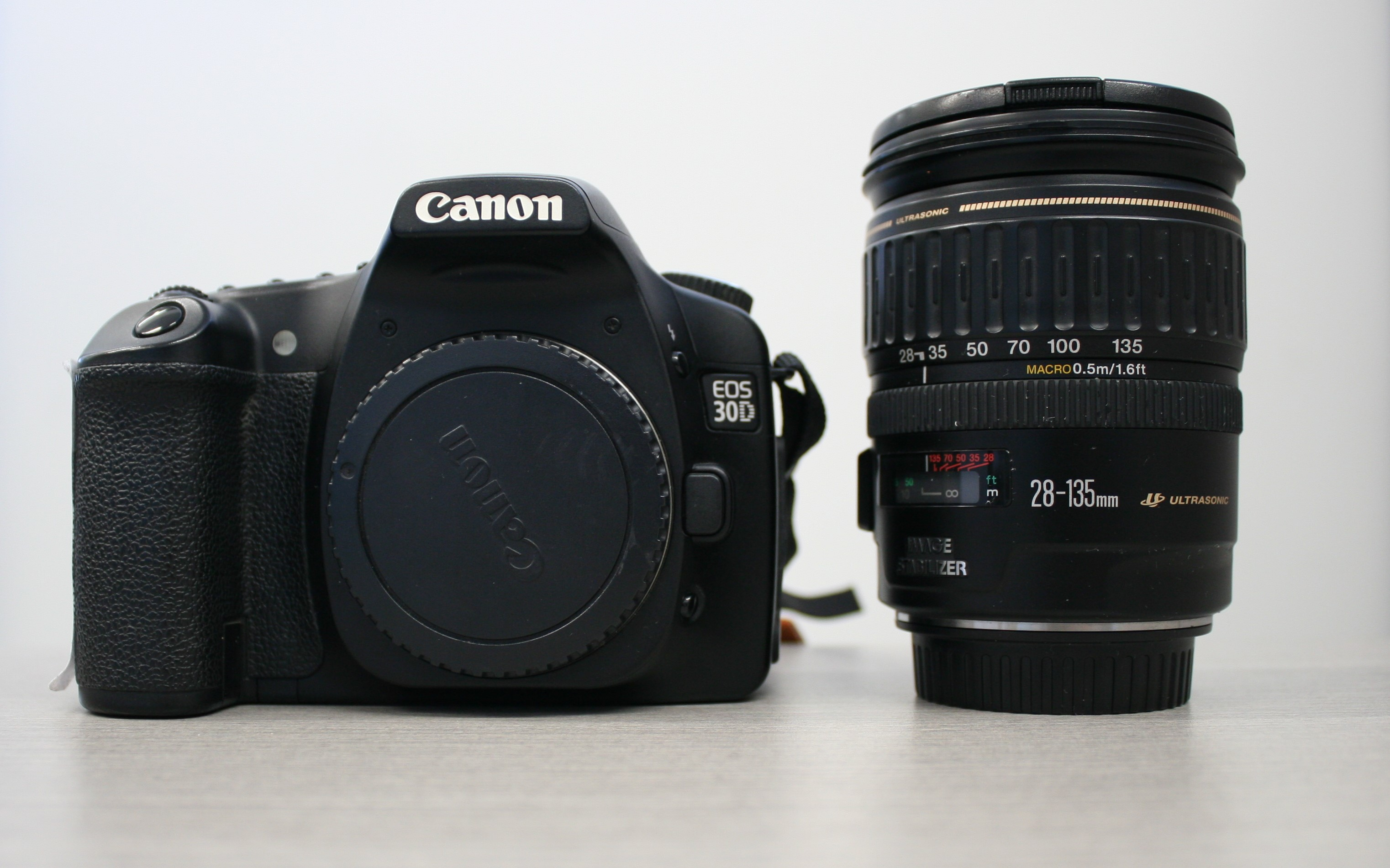Canon EOS 30 D with 28-135mm lens