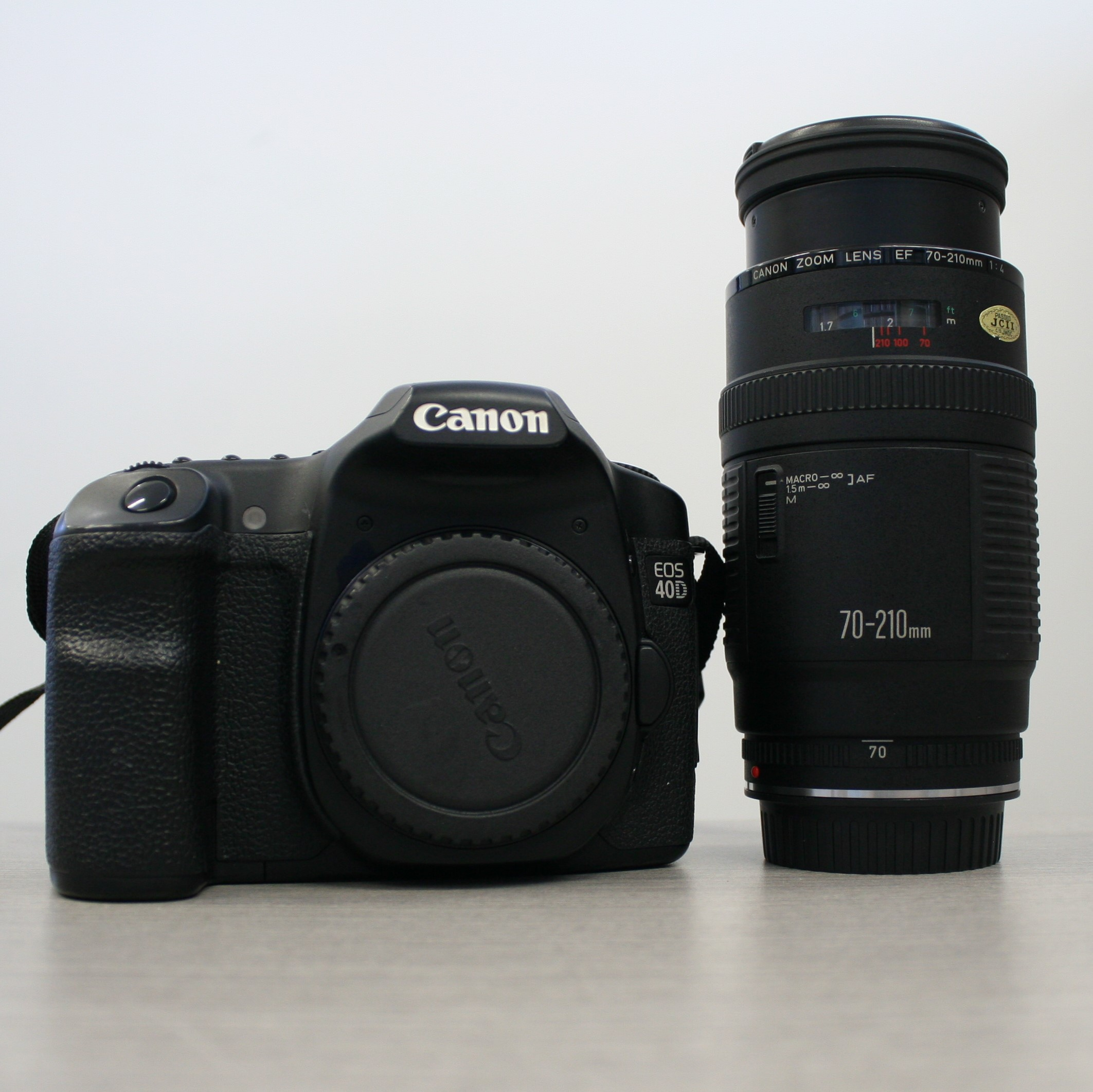 Canon EOS 40D with 70-120mm lens